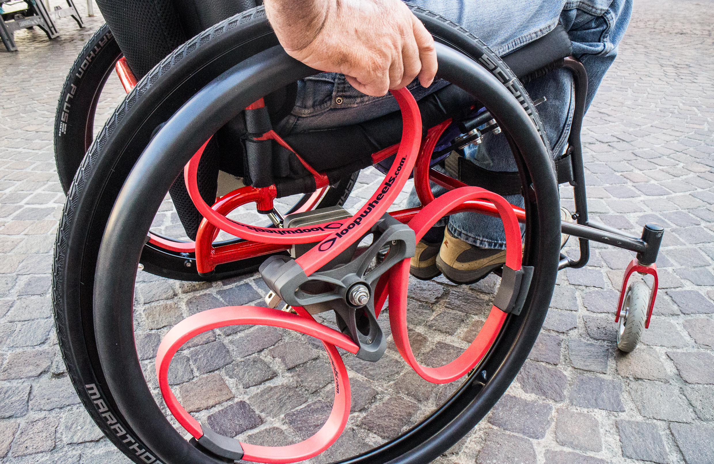 IMAGE 7 Loopwheels_red