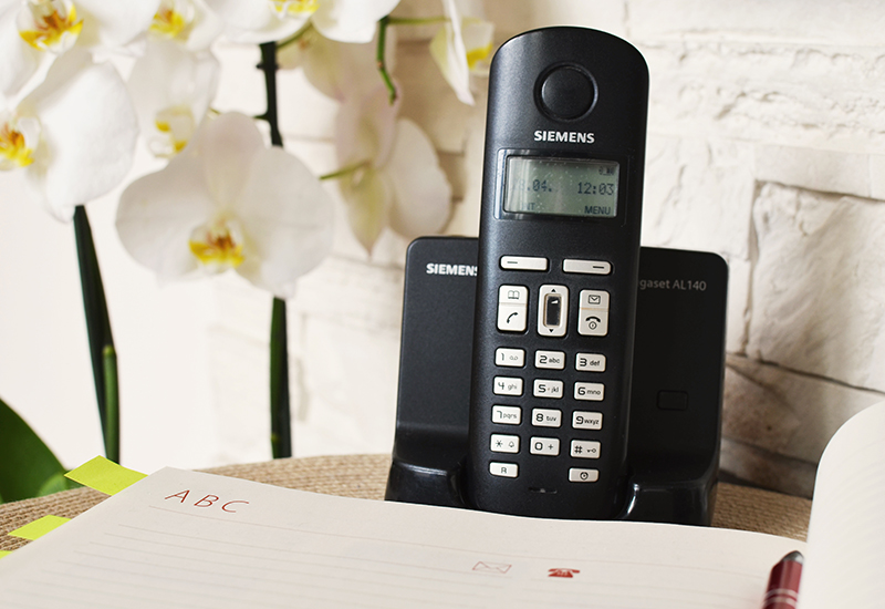 home-dialer-siemens-telephone-CROP