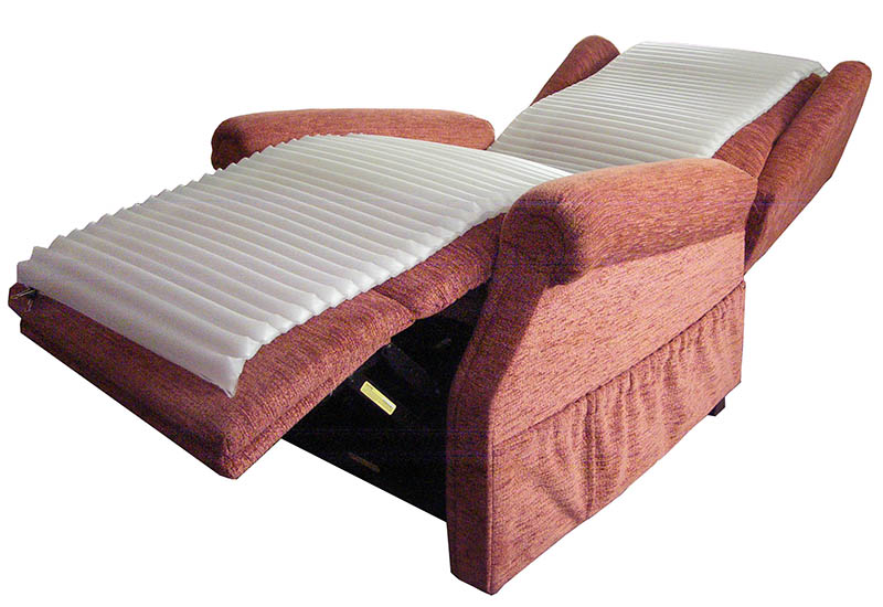 Recliner slim mattress supine