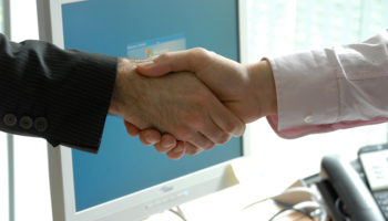 handshake-deal-merger-contract-stock-crop440959_1920